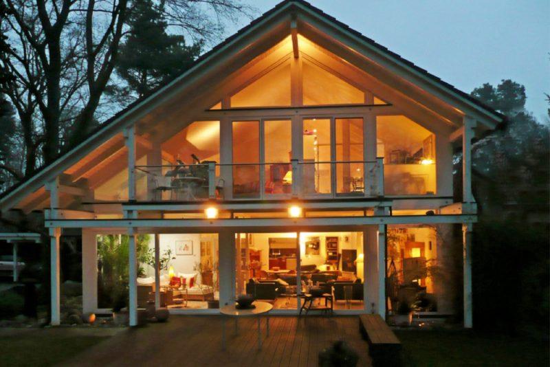 Architektenhaus Fachwerkhaus Holz Skelett Konstruktion 1