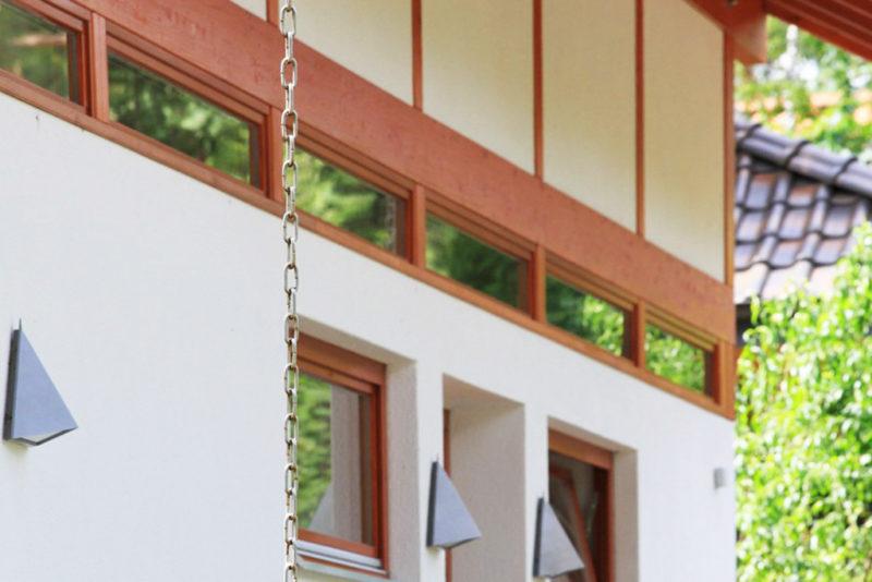 Concentus Fachwerk Holzskelett Haus Organge Braun