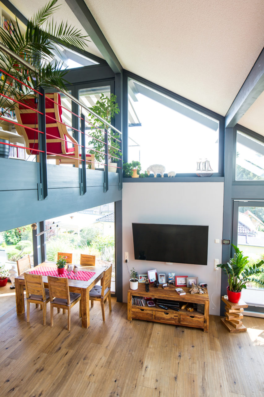 Concentus Holzskeletthaus Modern Schwarz Weiss