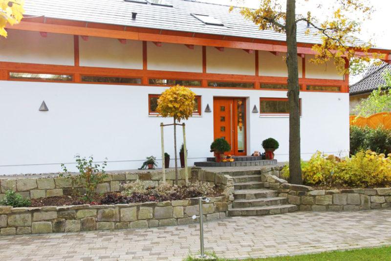Concentus Modernes Fachwerk Holzskelettbau Organge Braun