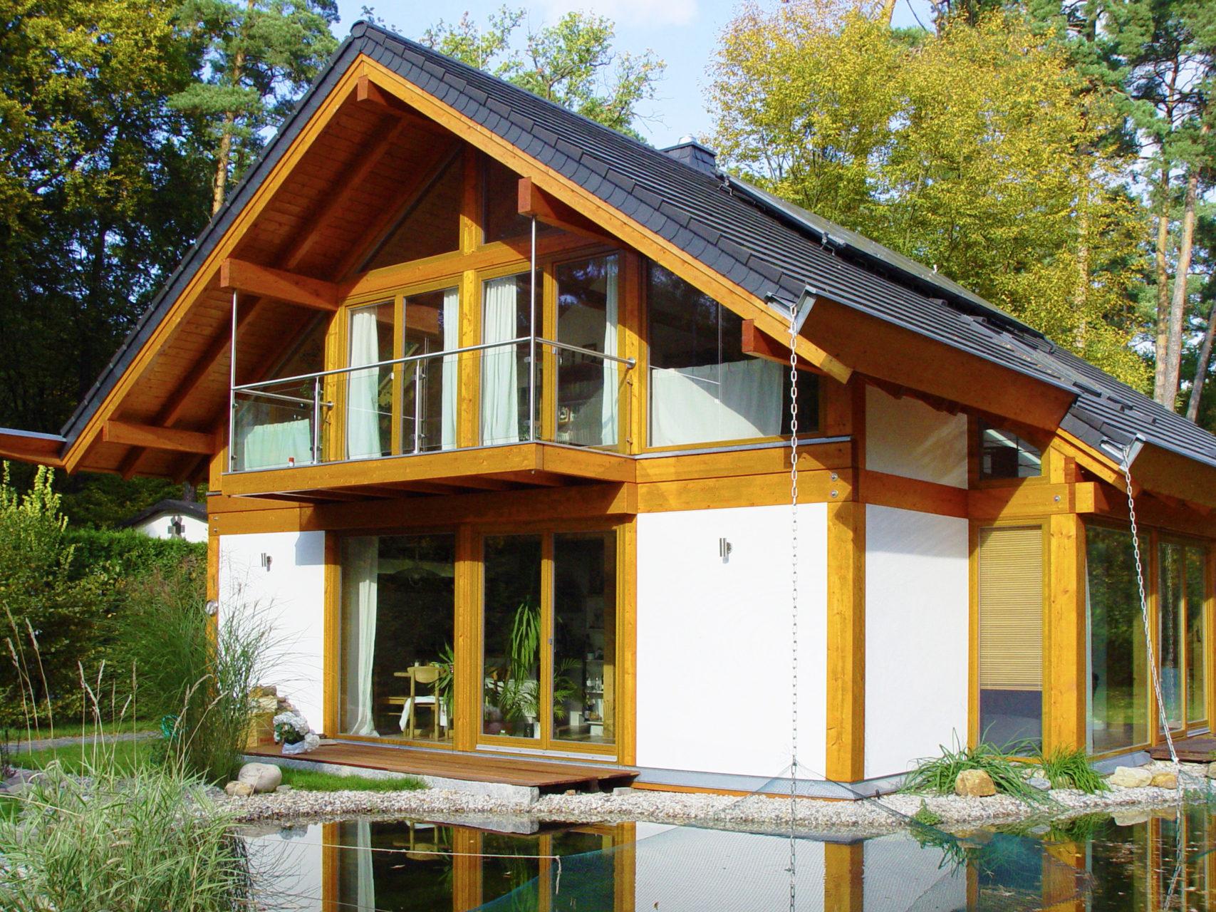 Concentus Modernes Fachwerk Holzskeletthaus Hell Braun