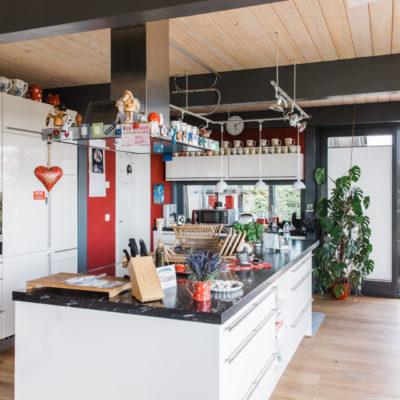 Holz Skelett Haus Holz Kueche Modern