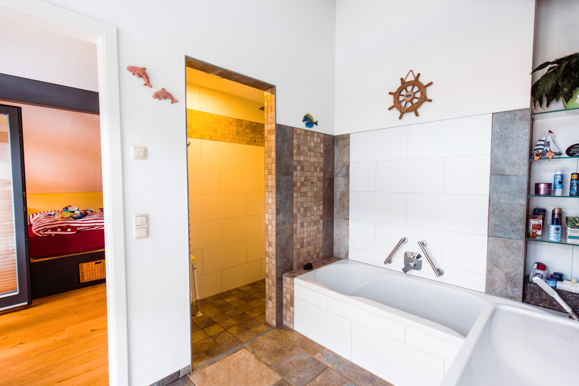 Holz Skeletthaus Innenausbau Badezimmer