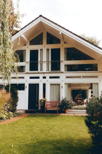 Modernes Fachwerk Haus Holz Glas Hell Holzstaenderhaus Holzskeletthaus Modern 12