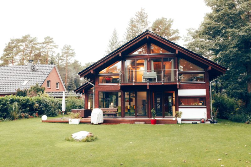 Modernes Fachwerk Haus Landhaus Braune Konstruktion Holzstaenderhaus Holzskelett 22