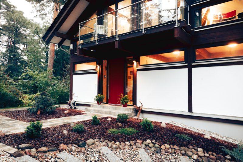 Modernes Fachwerk Haus Landhaus Braune Konstruktion Holzstaenderhaus Holzskelett 7