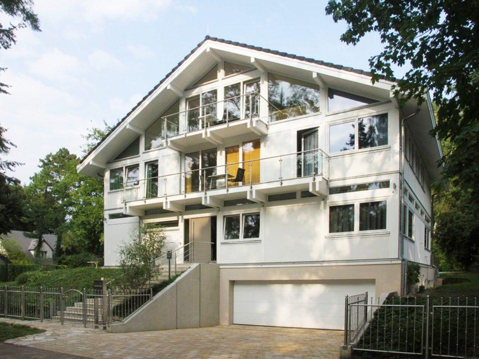 fachwerkhaus hersteller fachwerkhaus anbieter concentus modernes fachwerkhaus. Black Bedroom Furniture Sets. Home Design Ideas