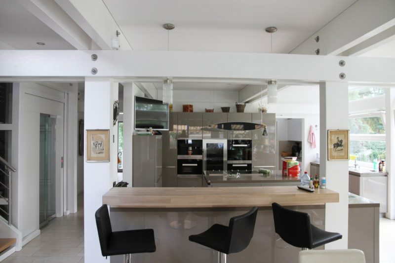 Modernes Fachwerkhaus Architektenhaus Hell Holz Skelett Konstruktion 8