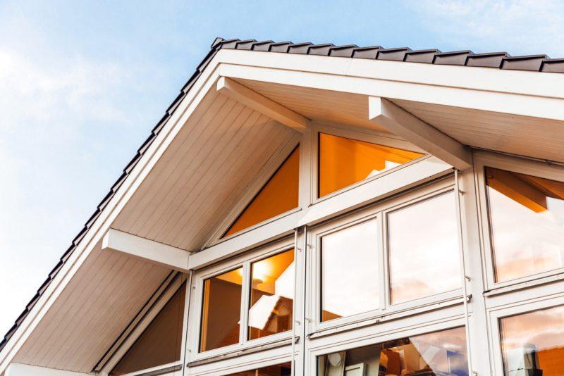 Modernes Fachwerkhaus Holzskelettbau Weiss Hausbau Holzhaus Landhaus 6