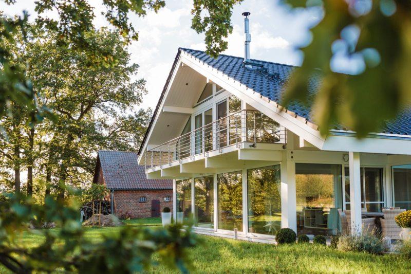 Modernes Fachwerkhaus Landhaus Fachwerk Holz Glas Weiss 10