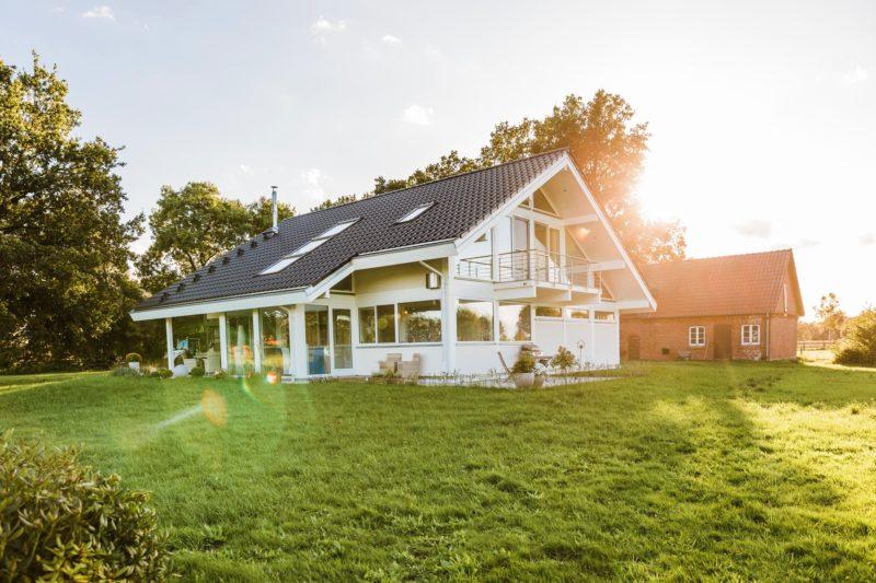 Modernes Fachwerkhaus Landhaus Fachwerk Holz Glas Weiss 4